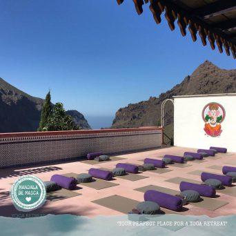 Tenerife yogadeck buiten